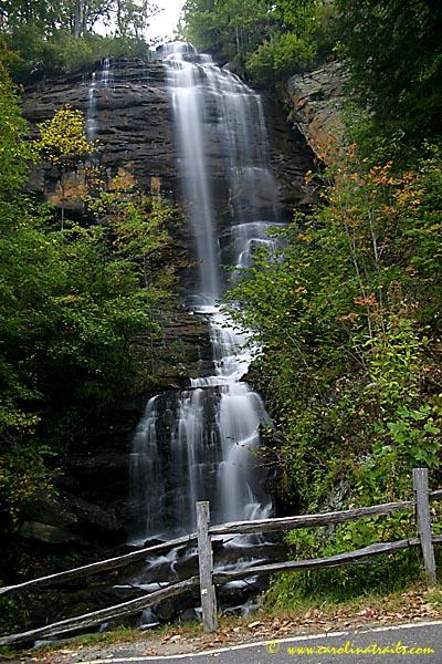Shunkawauken falls